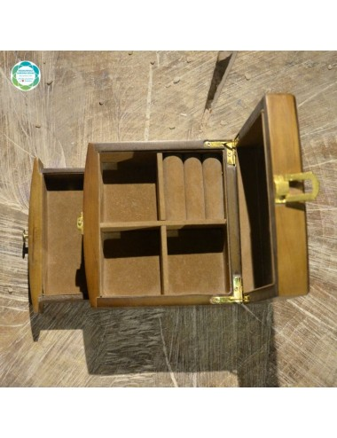 Drewniana szkatułka na...
